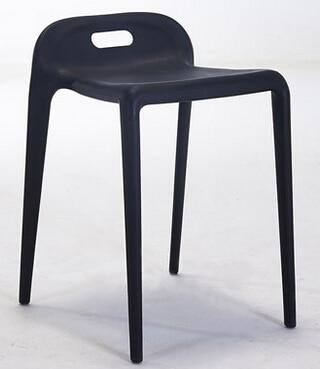 Famiglia di modo creativo moderno sedie. semplici sedie di plastica ...