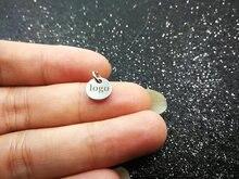Pwongingcharm 50 قطعة/الوحدة 8 مللي متر قرص صغير مخصص شعار أو الكلمات منقوش دائرة مستديرة صغيرة العلامات ، ميدالية مخصصة ، مخصص Charms G2228
