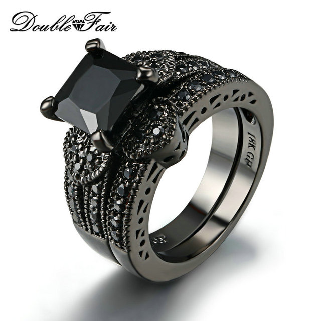 Sweet Heart Square Cut Black Nano Rings Sets Cubic Zirconia Black Gold Color Par