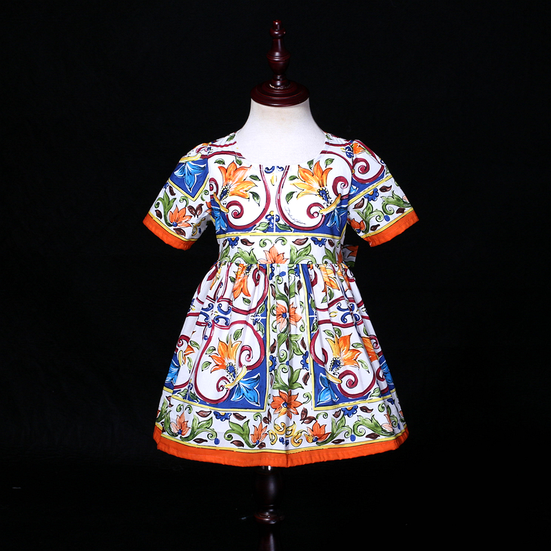 Summer children cotton Majolica print family clothes matching mother daughter clothing kids mum girl holiday fashion beach dress summer children clothing family clothes kids infant girls women opulent rose print dress matching mother daughter fashion dress