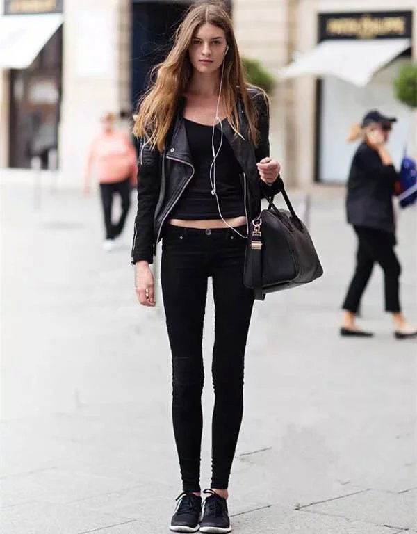 Skinny jeans still in fashion – Global fashion jeans collection