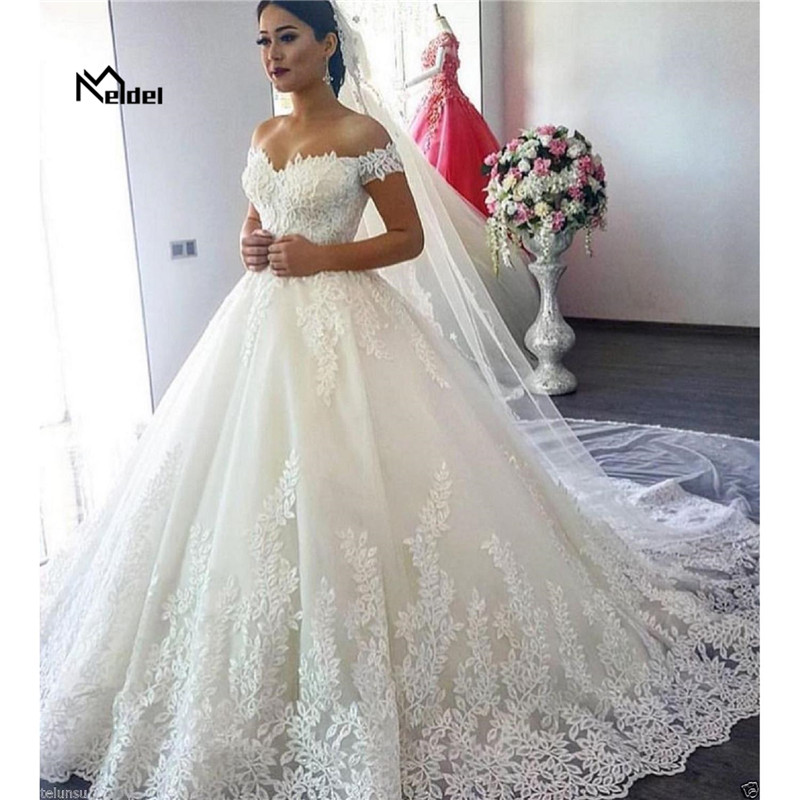 Hand Customized 2019 New White Ivory Sleeveless Off The Shoulder Lace Up Vestidos Wedding Dresses Plus Size Send Wrist Flower