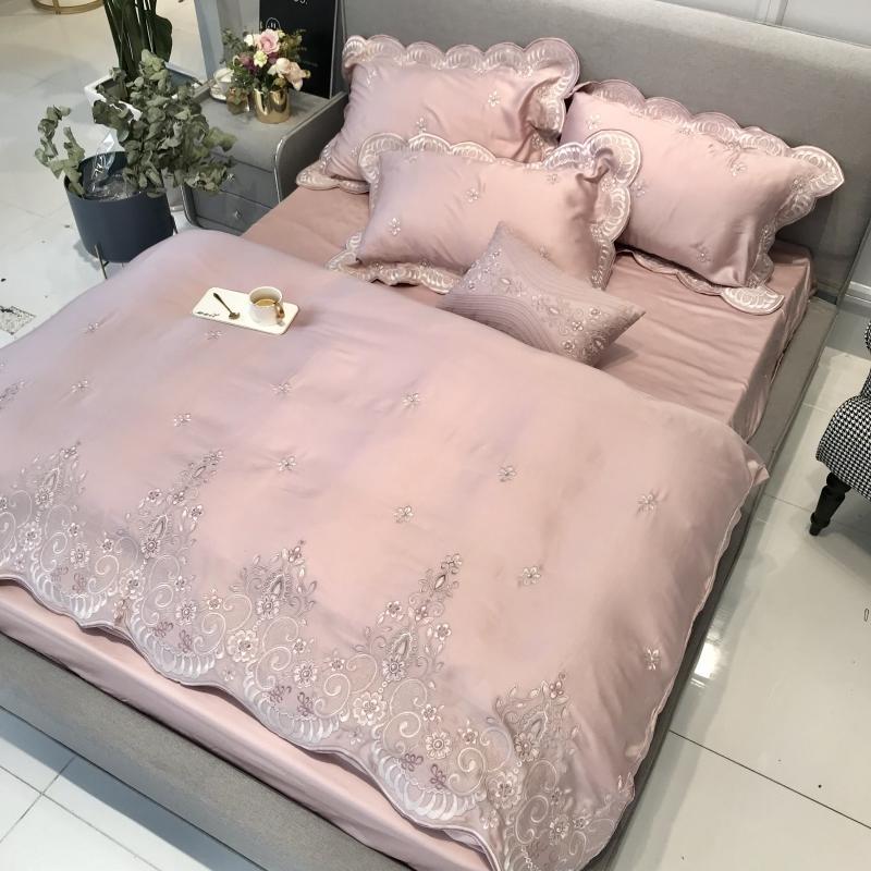 Tencel Silk Pink Luxury Bedding Set Queen King Size Duvet Cover Flat/Bed Sheet Set Bed Cover Embroidery Bedclothes Parure De Lit