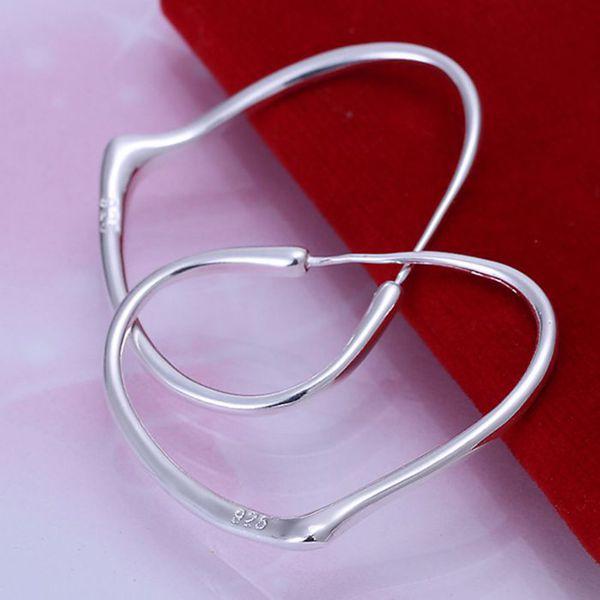 Whole Silver Plated Earrings 925 Fashion Jewelry Heart Hoop For Women Se028