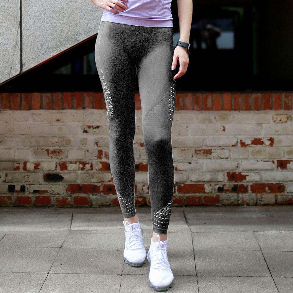 Leggings patchwork à mailles gris, de face