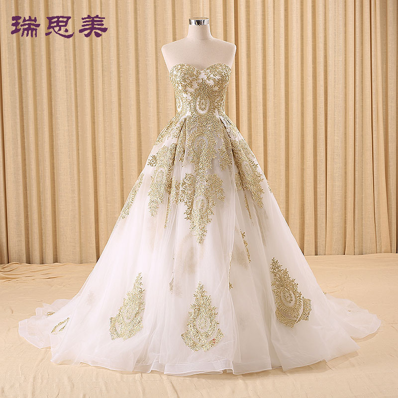 real golden embroidery white Medieval Renaissance gown princess dresses ball gown Victoria
