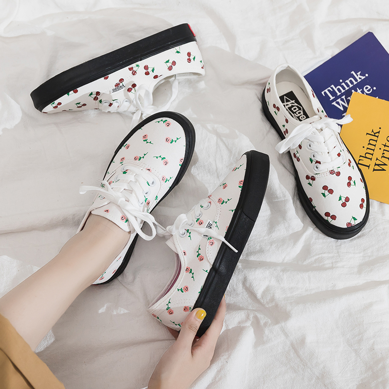 2019 New Women Cherry Canvas Shoes Summer Sneakers Rose Flower Flat Heel Lace Up All Match Princess Sweet Trainers Skateboard