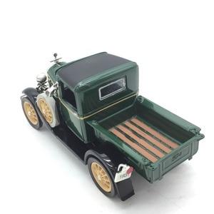 Image 5 - 1:32 vintage Classic Car Antique Truck Model Alloy Car Model for  Ford Length 13cm