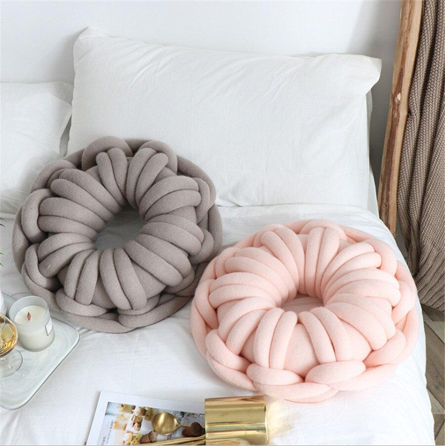 Anneau lavable doux coussins en forme de beignet coussins noués à la main décor à la maison canapé décoratif avec noyau intérieur 39X39 cm CU0825