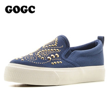 GOGC 2017 Studded Women Shoes Stud Canvas Shoes Women Causal Shoes Comfortable Thick Bottom Slip on Flats Shoes Women Slipony