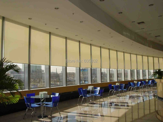 smart home used motorized blinds, motorized roller blinds, electric blinds,