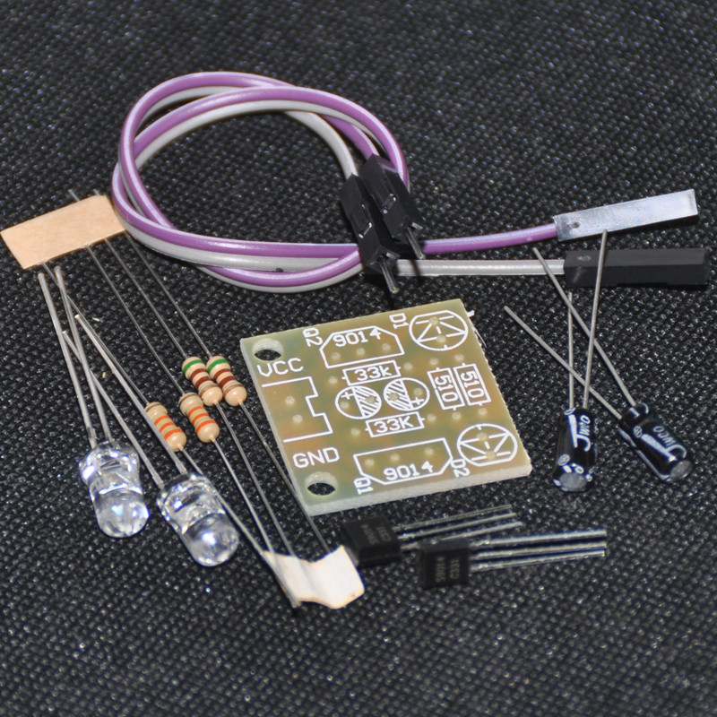 DIY Electronic Kit 5mm LED Einfache Flash Blue Light Einfache Blitzschaltung GW LED Flasher Blinking LED Suite Trousse