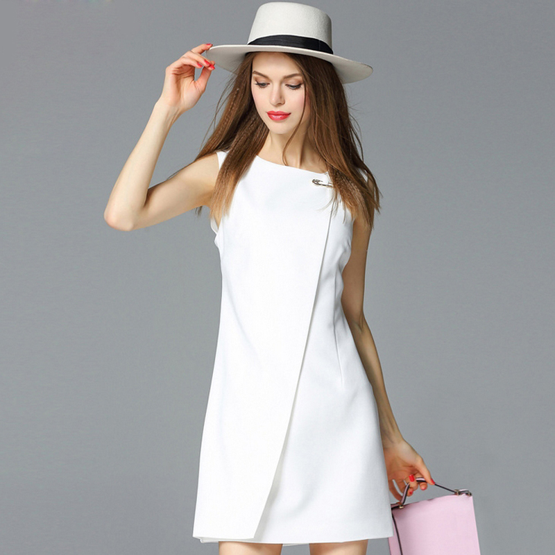 Buy Cheap European fashion style 2016 summer women dress o-neck sleeveless dresses with big brooch Ladies mini sexy bodycon Dress