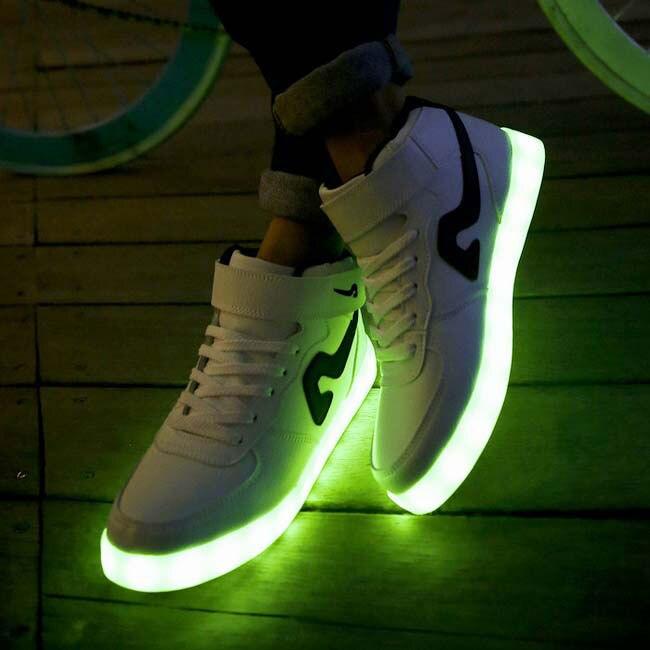 Illuminano Al Scarpe Nike Si Buio Che 08wPkXnO