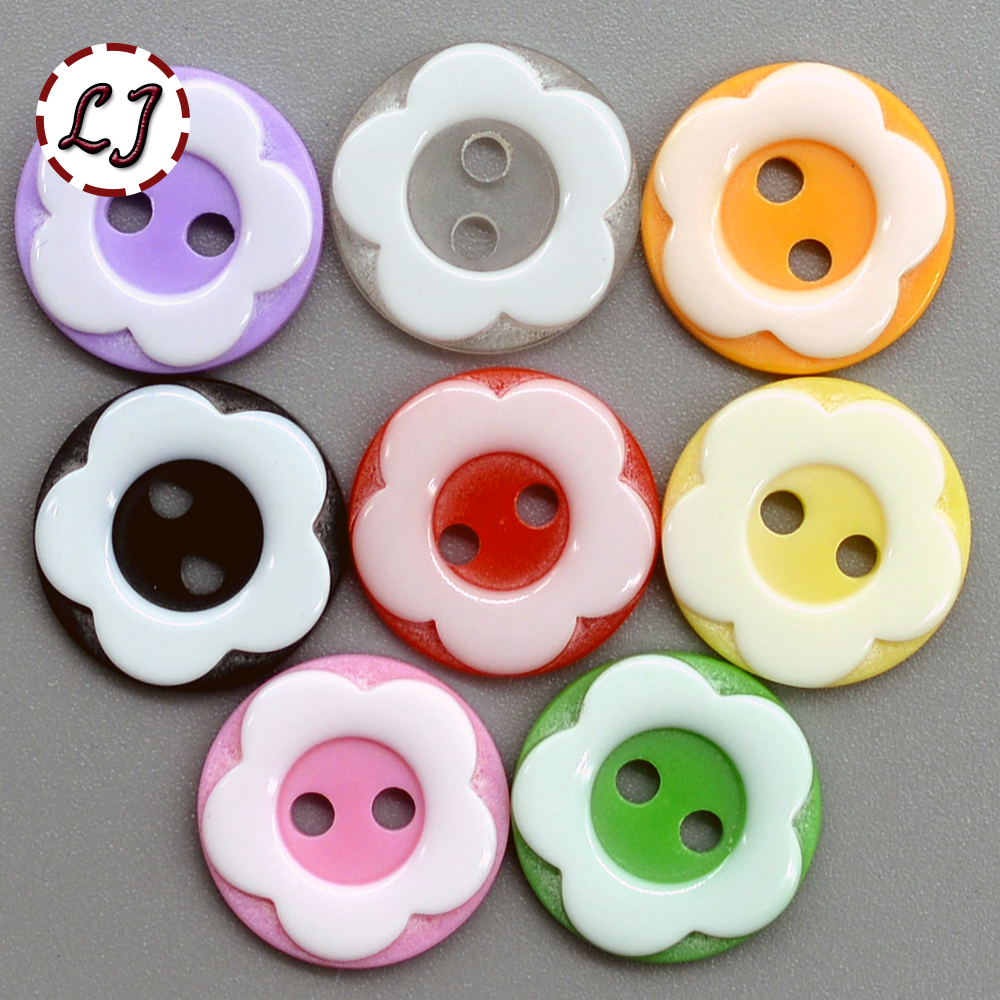 free shipping 30PCS/LOT color flower 2-Holes round Button resin button plastic cloth buttons sewing accessory scrapbooking