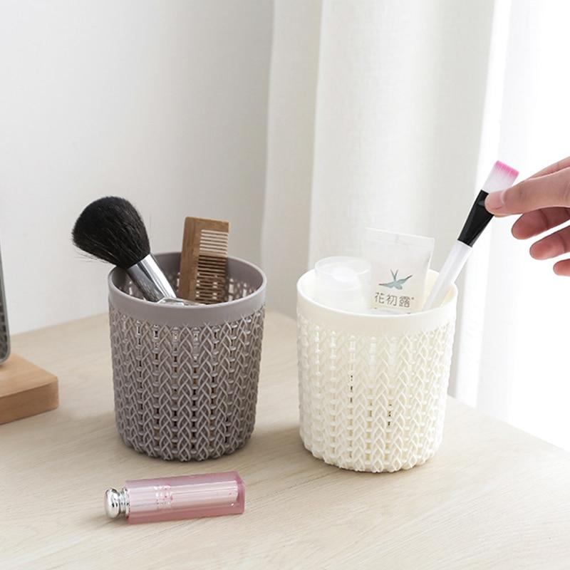 Simple hollow multifunctional plastic storage pen desktop makeup storage box Cover for TV remote control