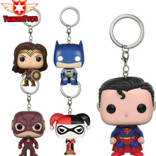 02ab00818d08a Figura de ação Anime Figura Superman DC Comic Caracteres Tema Keychain  Modelo Brinquedos Bonecos de Vinil