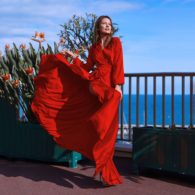 3a9c93e23f9 2019 Spring New Women s Bohemian Maxi Dress Deep V Collar Retro Dress  Chiffon Large Hem Split
