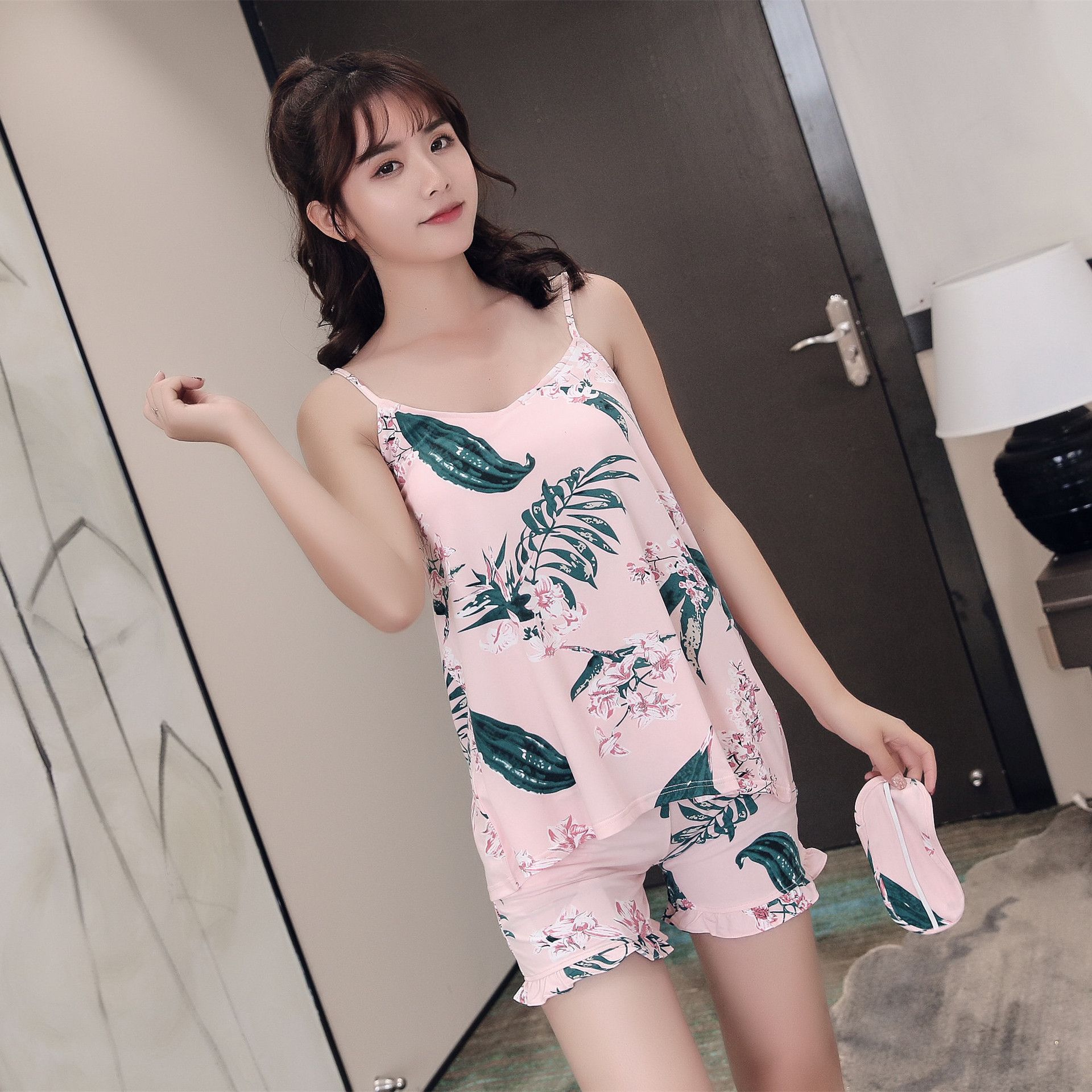 2019 Womens   Pajamas     Sets   V-Neck Summer Sleeveless Cami Tops + Shorts 2 Pcs Pyjamas with Chest Pad Student   Pajamas     Sets   Pj   Set