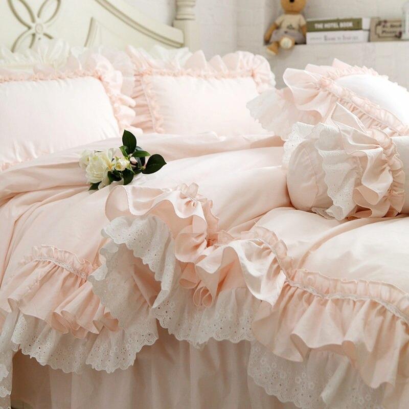 Nouvelle Broderie de luxe couches ensemble de literie douce princesse grande ruche housse de couette de mariage décoratif literie couverture de feuille de lit ensemble