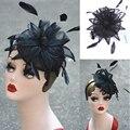 A352 de Alto grado Negro Paty Tiaras Headwear Sinamay Moda Solid Mujeres Flores y Plumas