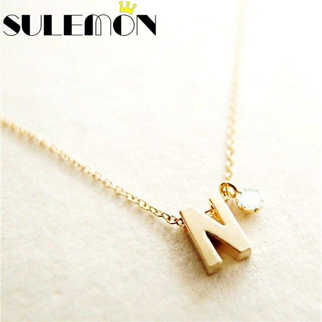 015b5f64a686 Personalizado nombre inicial collar pareja colgante joyería para mujeres  diamantes de imitación letra oro Color cadena moda amor regalo