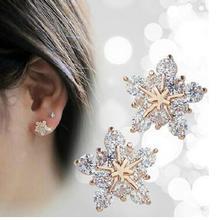 Brand New Design Shining Rhinestone Snowflake Earrings Stars Shape Clear Crystal Stud Earrings For Women Christmas Gift