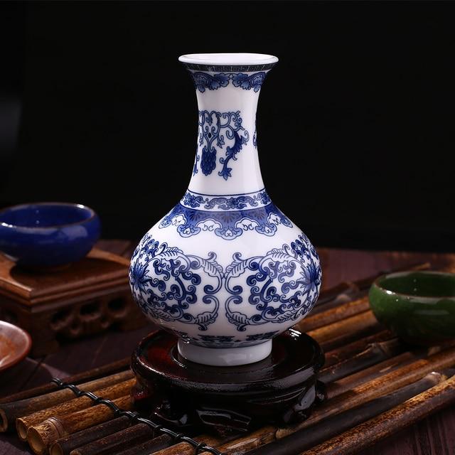 Traditionelle Blau Weiß Porzellan vase Keramik Blumenvase Receptacle ...