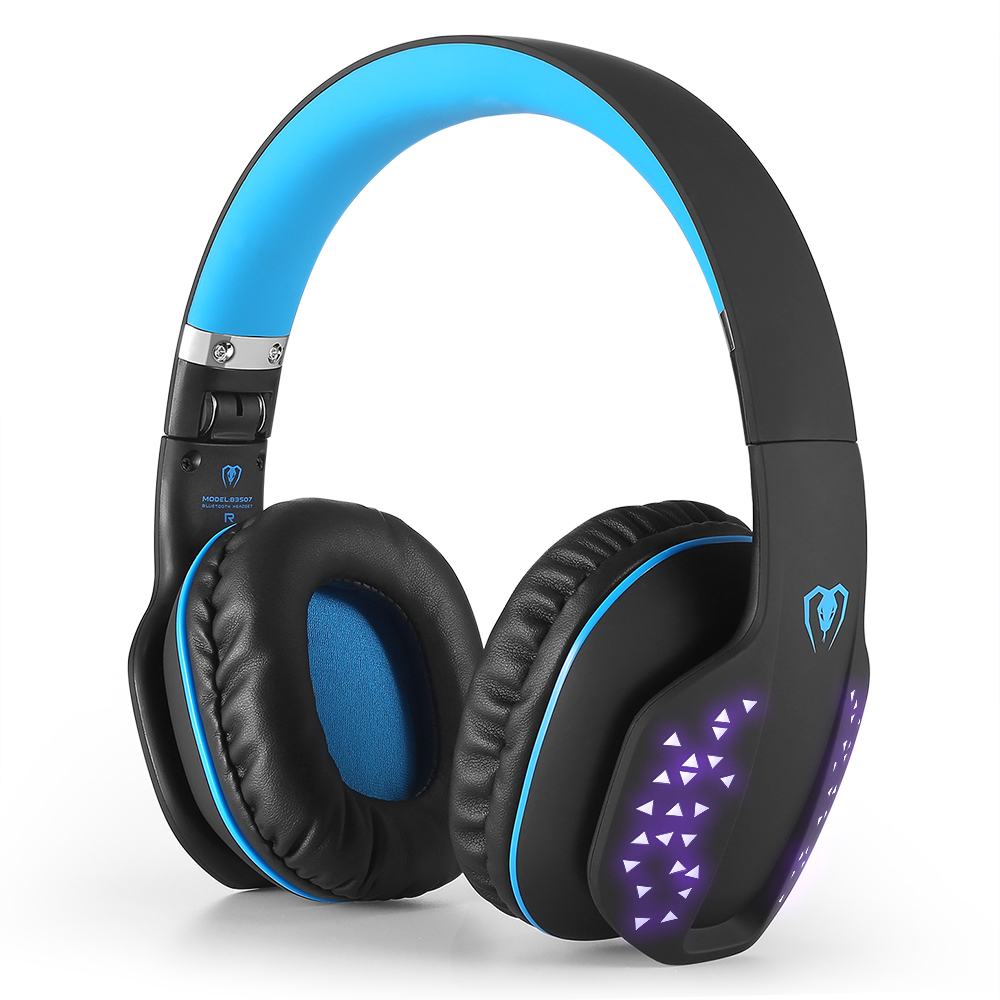 Q-2 Wireless Bluetooth Gaming Headset with Microphone led light Gaming Headphone for PC Tablet Smartphone Laptop