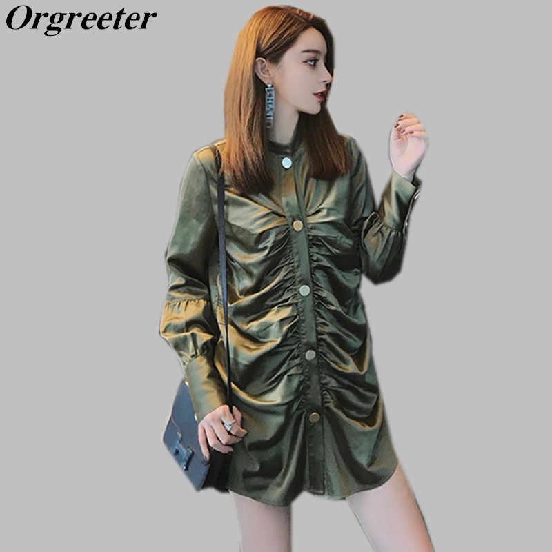193b71d48b3 Шикарный Стиль Передняя складка Для женщин рубашка 2018 г. Осенняя новая  армия зеленый атласная рубашка