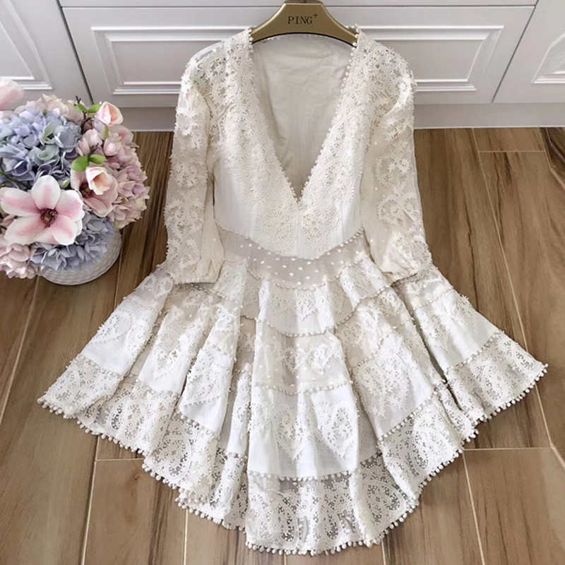 New High Quality 2019 Spring Summe Design Boutique Dress Women Stunning Sexy V neck Puff Sleeve