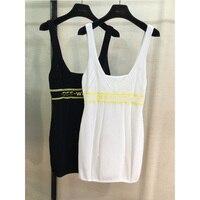 Модное Трикотажное короткое платье без рукавов с круглым вырезом; сезон весна лето; новое черно белое платье