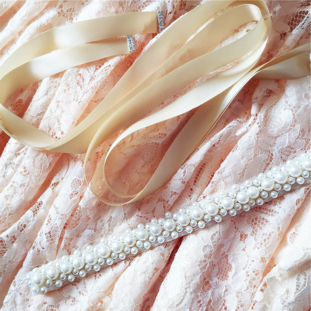 s184 Free shipping Stock New Arrival Hot Sale Luxury Pearls Bridal Belts Stunning Pearl Bridal belts 2019