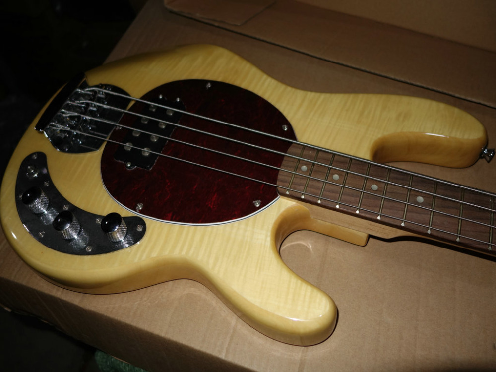 Stock 4 Strings Bass Natural color Electric Bass Guitar Old