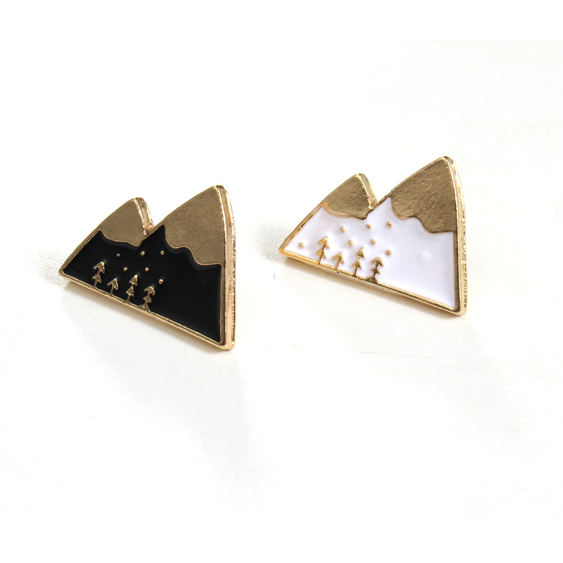 1pc Cartoon Enamel Snow Mountain Badge Brooches For Women Girl Cute Brooch Lapel Pins Scarf Shirt Pin Jewery Accessories P1207 Ture 100% Guarantee