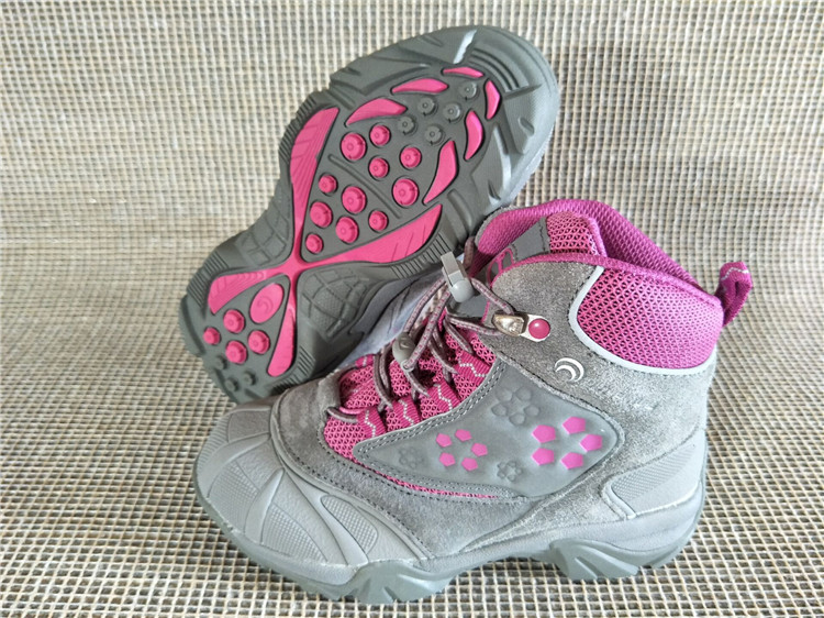 Outventure Girls winter hiking shoes children waterproof anti-hit toe walking sneakers girls skiing boots Thermolite for-30C outventure полуботинки для девочек outventure water leader