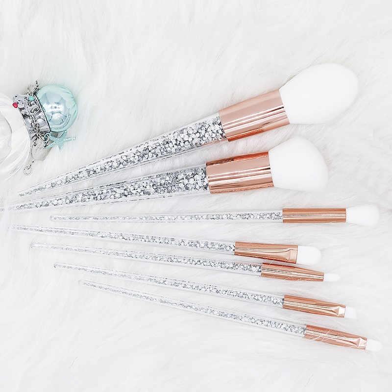 Baru 7 Pcs Sliver Diamond Unicorn Crystal Makeup Brushes Set Foundation Pencampuran Bubuk Wajah Mata Kuas Makeup Alat Kit Maquillaje