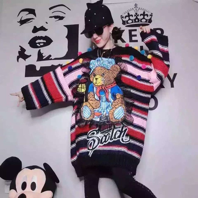 Women Knitted Dresssweater Novelty Autumn Winter Cartoon Bear Stripped Long Loose Designer Sweaters For Young Ladies NS18