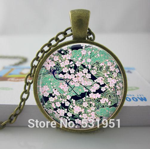 1c09416616 Al por mayor Collar Floral Asiático, verde Negro, Arte en vidrio Colgante  Colgante de la Foto Colgante de Joyería Hecha A Mano