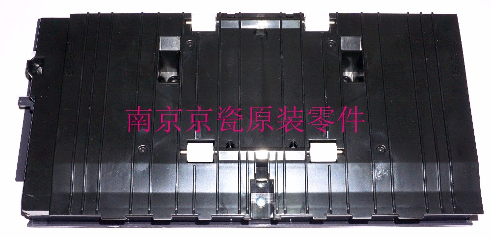 New Original Kyocera 302NP94230 COVER RIGHT LOW ASSY for:TA3010i 3510i 2551ci new original kyocera 302mv94010 pad separation assy for ta3010i 3510i 2550ci 2551ci