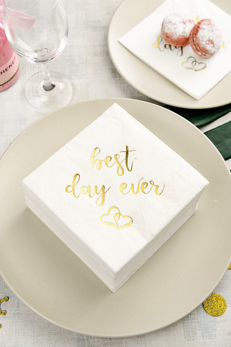 WINE GLASSES  BEVERAGE COCTAIL PERSONALIZED WEDDING BABY SPECIAL EVENT NAPKINS