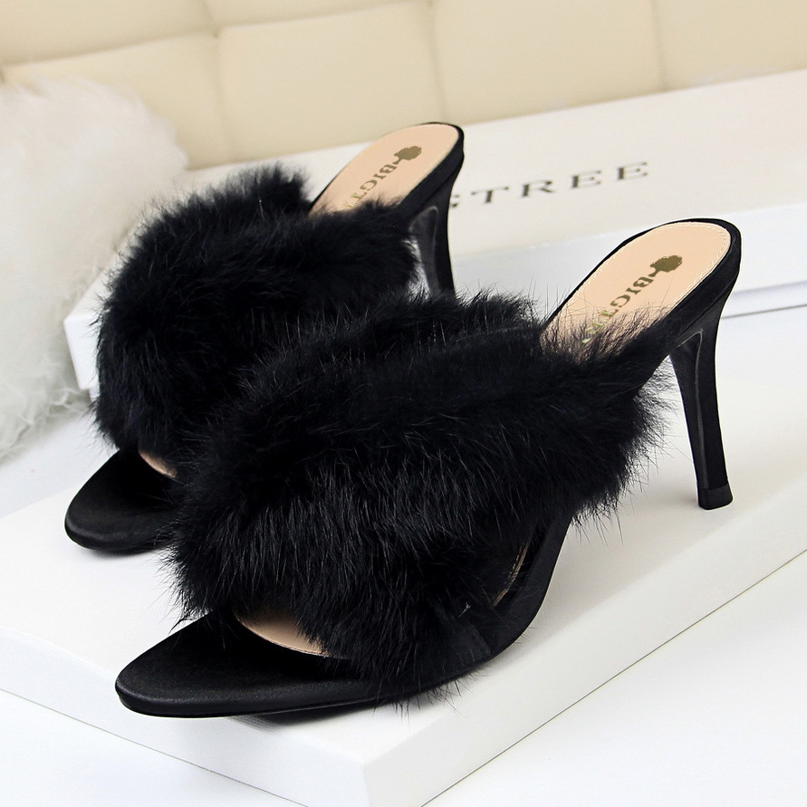 Banquet Pantoufles Fine pourpre Des noir Beige Femmes À 2019 Chaussures Avec De Fourrure Croix Hauts Lapin Talons R7qz0Ap