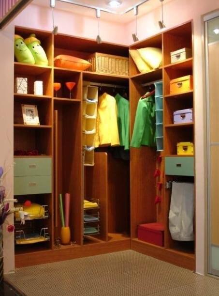 Walk In Closet Design Reasonable