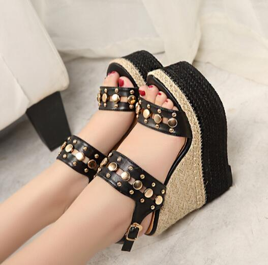 ФОТО 2017 Newest Rivets Studded Cutouts Woman Sandal Super High Platform Wedge Boots Rope Braided Buckle Strap Gladiator Sandal
