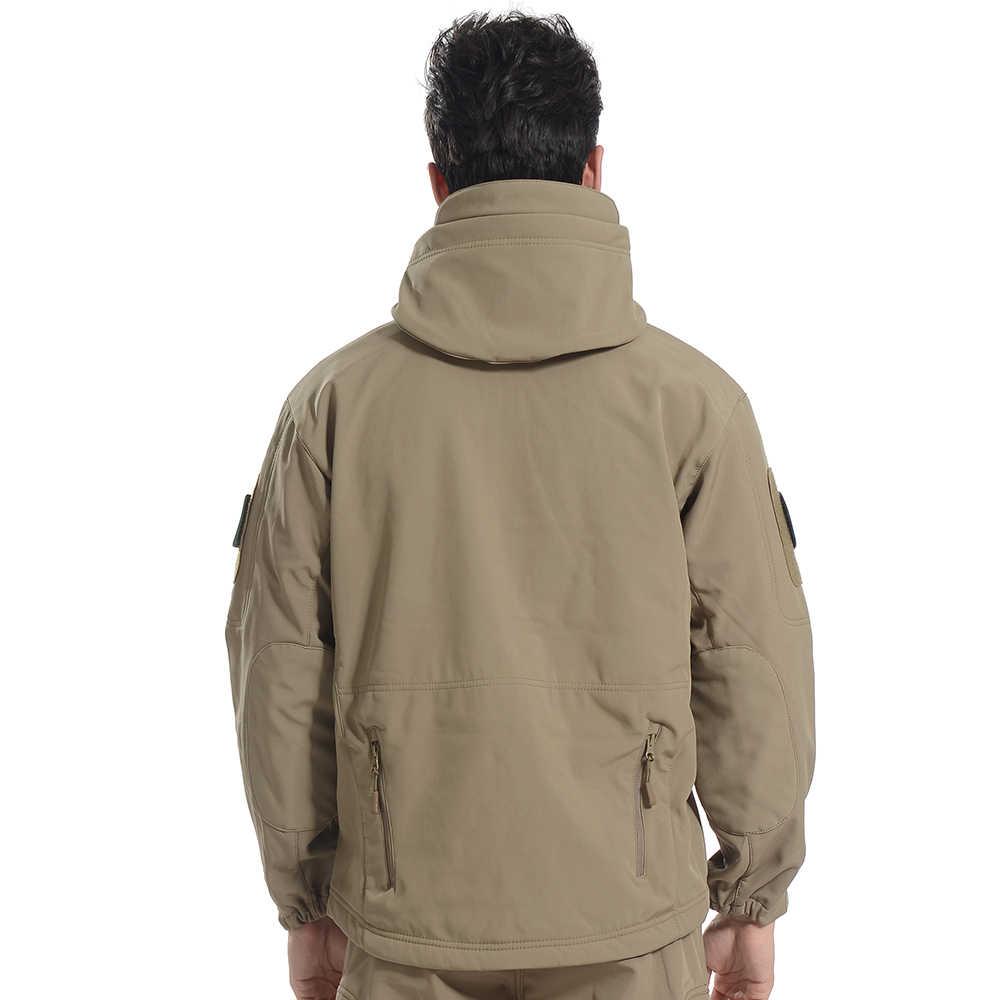 迷彩服の冬の屋外暖かいフリースソフトシェルジャケット男性防水釣り登山レインコートソフトシェルジャケット女性
