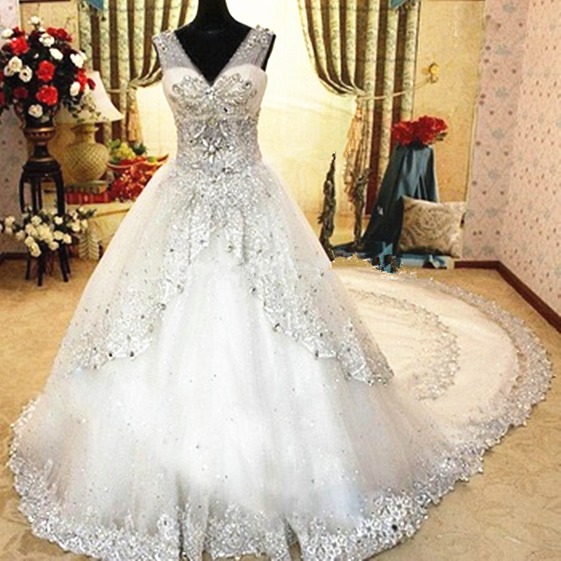 sparkling luxury wedding dress with crystal beads 2015