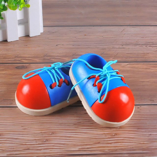 1Pcs Random Kids Montessori Educational Toys Children Wooden Toys Toddler Lacing Shoes Early Education Montessori Teaching Aids