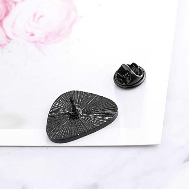 Śliczne odznaki japonia kulka ryżu broszka kuchnia Sushi emalia Pin Lapel plecak kapelusz odznaka dzieci prezenty dekoracja gadżety dla domu