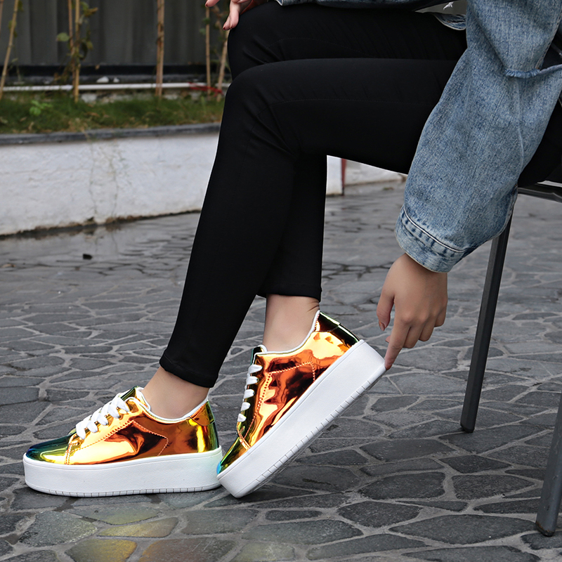 2019 New Luxury Shoes Women Designers Casual Chunky Sneakers High Quality Fashion Glitter Platform Shoes Wedge Thick Heels 5.5CM