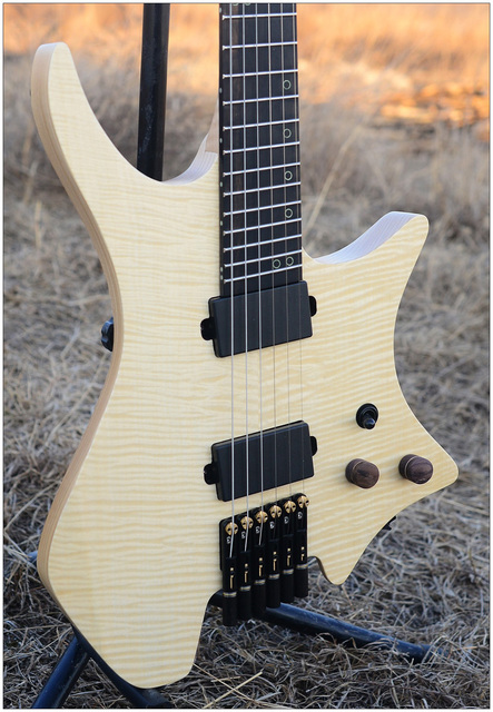 2019 NK Headless, Fanned Frets, clear Flame Maple top, Flame maple Neck, Ebony fingerboard, Black hardware